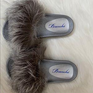 Branche Furry Kiki Slides Silver Fox Size 7